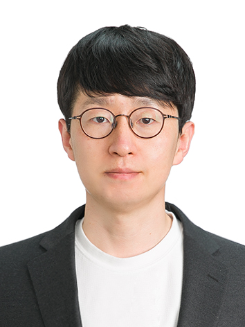 김유철 사진